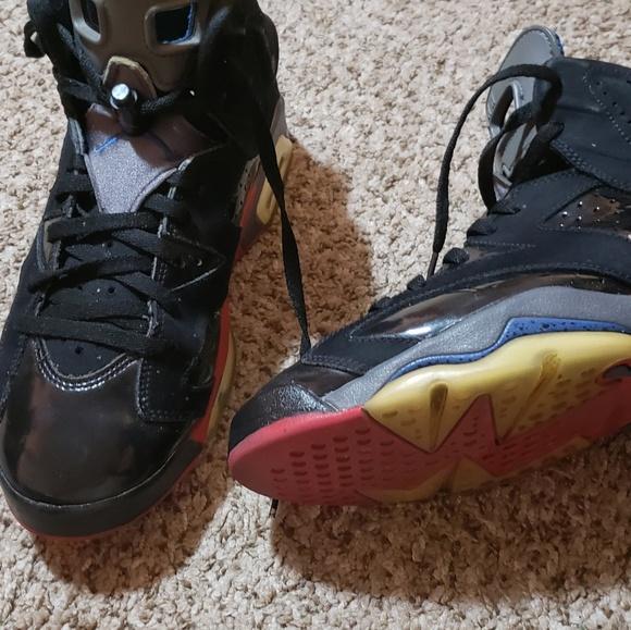 278dfd8f6f9d62 Jordan Other - RETRO JORDANS -- 6 s (Piston s)